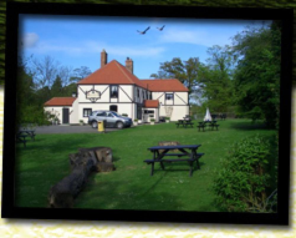 Dog-friendly pub and dog walk near Louth, Lincolnshire. - Dog walks in Lincolnshire
