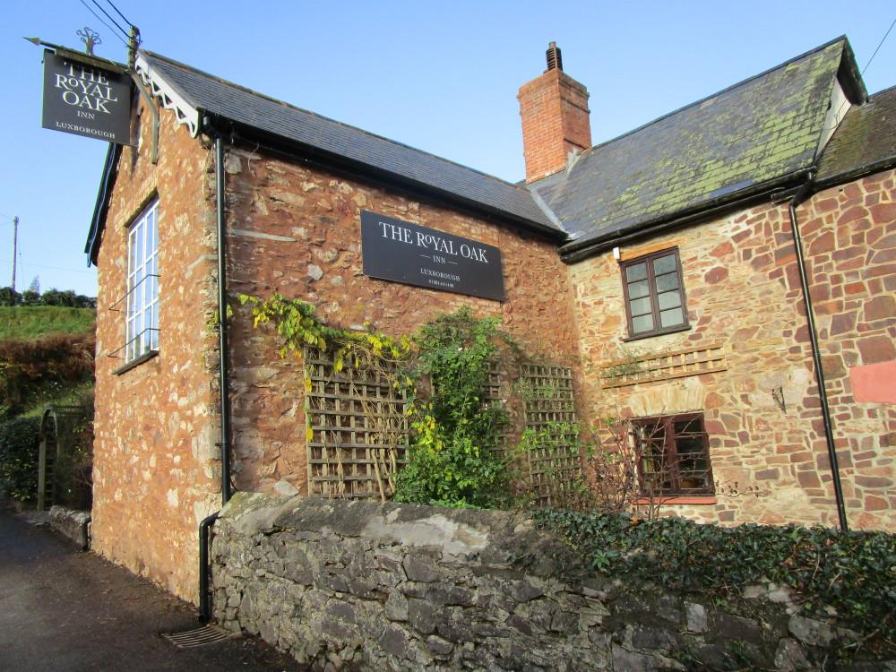 Exmoor dog-friendly pub and dog walk near Dunster, Somerset - Dog walks in Somerset