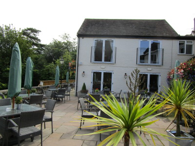 A443 dog-friendly pub and dog walk, Worcestershire - Driving with Dogs