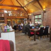 A3400 dog-friendly cafe and dog walk, Warwickshire - Dog walks in Warwickshire