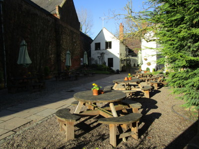 Enville dog-friendly pub and dog walk, Staffordshire - Driving with Dogs