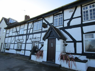 A442 dog-friendly pub and dog walk, Worcestershire - Driving with Dogs