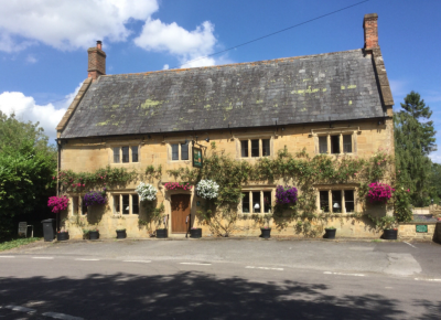 A303 Dog-friendly country pub, dog walks and a magical garden, Somerset - Driving with Dogs