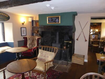 Feudal village with historic pub and dog walk, Cumbria - Driving with Dogs