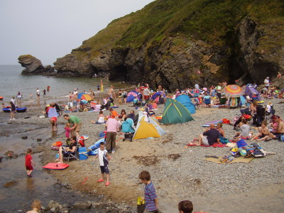 Country dog walk, pubs and dog-friendly beach, Wales - Driving with Dogs