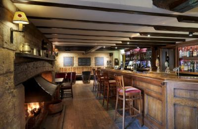 Riverside dog walk and country inn near Oundle, Cambridgeshire - Driving with Dogs