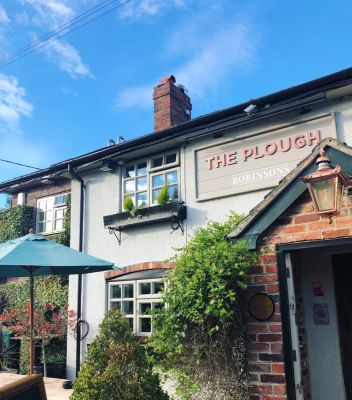 The Plough dog-friendly pub near Winsford, Cheshire - Driving with Dogs
