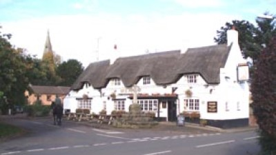 A444 dog-friendly pub and dog walk, Warwickshire - Driving with Dogs