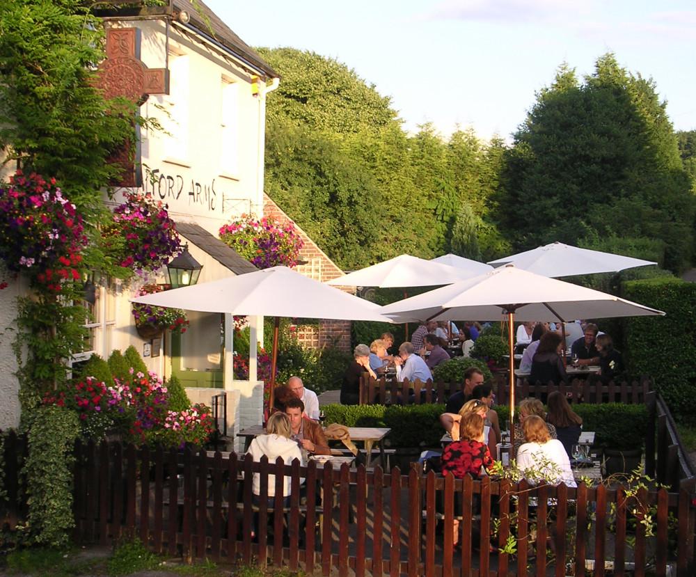 Hemel Hempstead dog-friendly pub, Hertfordshire - Dog walks in Hertfordshire
