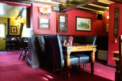 A27 dog-friendly pub and dog walk near Romsey, Hampshire - Driving with Dogs