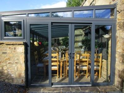Dog-friendly pub and campsite near Leyburn, North Yorkshire - Driving with Dogs