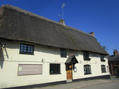 Dog-friendly pub and dog walk between Northampton and Rugby, Northamptonshire - Driving with Dogs