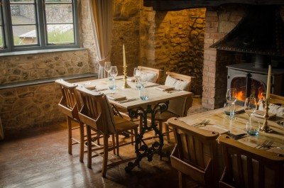 A303 dog-friendly country pub and dog walk, Somerset - Driving with Dogs