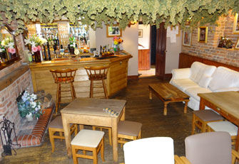 A456 dog-friendly pub and walk between Stourport and Tenbury, Worcestershire - Driving with Dogs