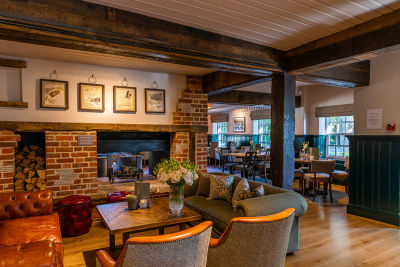 A259 dog-friendly pub and nearby walk close to Chichester, West Sussex - Driving with Dogs