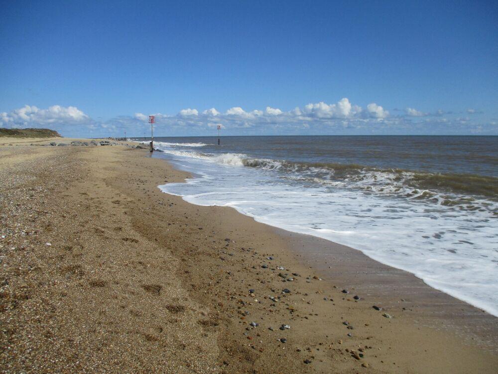 Caister-on-Sea dog-friendly North Beach, Norfolk - Norfolk dog-friendly beach