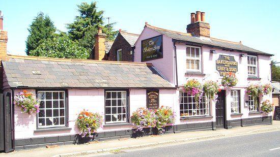 Dog-friendly pub near Chelmsford, Essex - Essex dog-friendly pub and dog walk