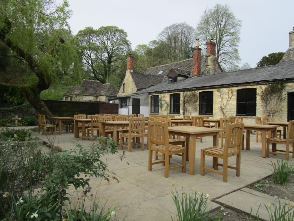 Dog-friendly dining pub near Chedworth Roman Villa, Gloucestershire - Gloucestershire dog walk and dog-friendly pub.JPG