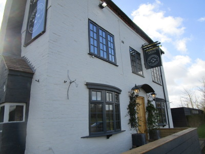 A422 dog-friendly pub and dog walk, Worcestershire - Driving with Dogs