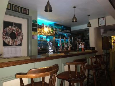 Historic walk and dog-friendly pub, Essex - Driving with Dogs