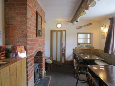 Dog walk and dog-friendly pub on the Welsh border, Shropshire - Driving with Dogs