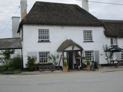 A30 dog-friendly pub, Devon - Driving with Dogs