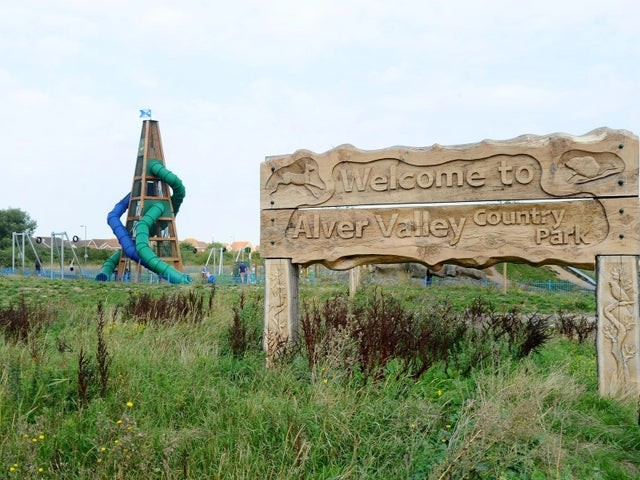 A32 country park dog walks near Gosport, Hampshire - alver valley dog walk.jpg