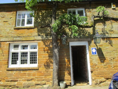 M1 Junction 16 dog-friendly pub and dog walk, Northamptonshire - Driving with Dogs