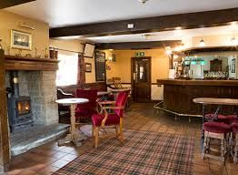 A6 dog-friendly pub and dog walk Matlock, Derbyshire - Driving with Dogs