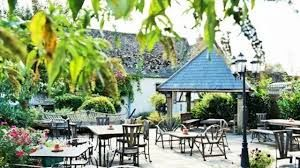 Top dog-friendly dining near Abingdon, Oxfordshire - Driving with Dogs