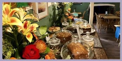 Periwinkle dog-friendly tea rooms, Somerset - Driving with Dogs