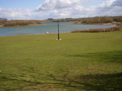 Waterside dog-friendly pub and dog walk, Derbyshire - Driving with Dogs