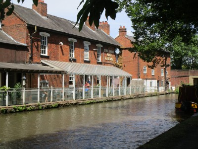 A38 dog walk and dog-friendly pub, Worcestershire - Driving with Dogs