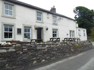 A66 Walkers pub just off the A66 near Threlkeld, Cumbria - Driving with Dogs