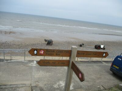 Overstrand dog-friendly cafe and beach, Norfolk - Driving with Dogs