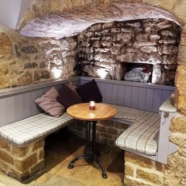 A422 dog-friendly pub and dog walk near Banbury, Oxfordshire - Driving with Dogs
