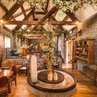 A40 dog-friendly inn near Crickhowell, Brecon Beacons, Wales - Brecon Beacons dog-friendly pub.jpg