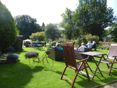 Charming dog-friendly tea-rooms, Northumberland - Driving with Dogs