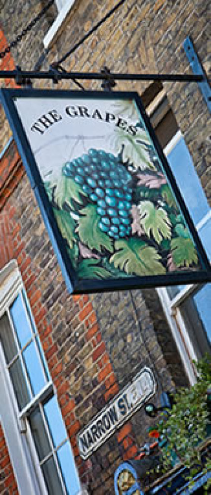 One of the oldest pubs in London!?, Greater London - Dog walks in Greater London
