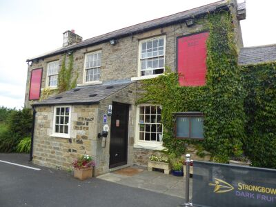 Dog-friendly country pub with B&B near Slaley, Northumberland - Driving with Dogs
