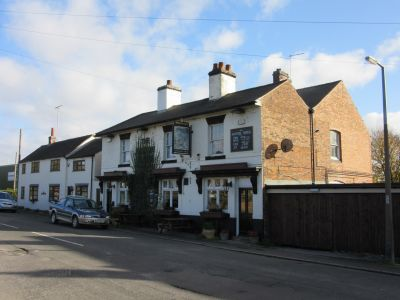 A38 dog-friendly pub and dog walk near Burton-on-Trent, Staffordshire - Driving with Dogs