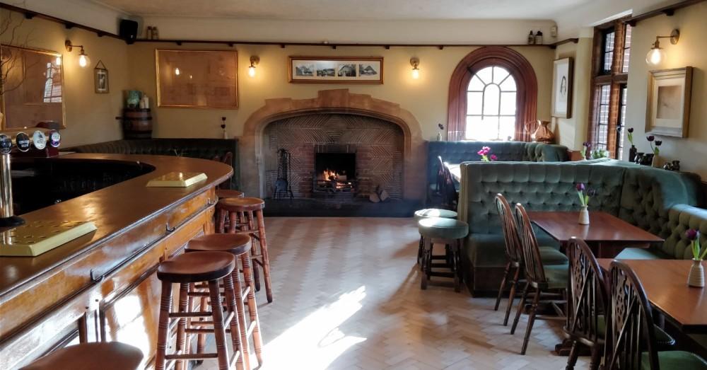 A28 Stour Valley dog-friendly dining and dog walks, Kent - Kent dog-friendly inn.jpg