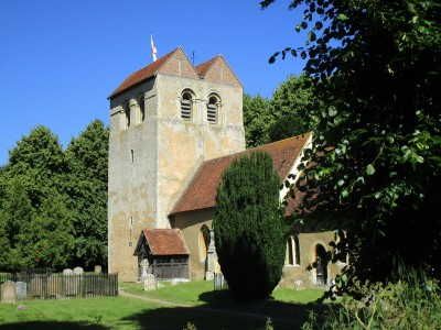 Thames Valley dog-friendly pub and dog walk, Buckinghamshire - Driving with Dogs