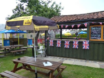 A170 the dog-friendly Rose and Crown at Nawton, North Yorkshire - Driving with Dogs