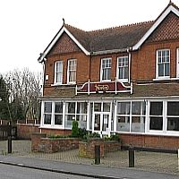 Dog-friendly pub and dog walk South Woodham Ferrers, Essex - Essex dog-friendly pub and dog walk.jpg