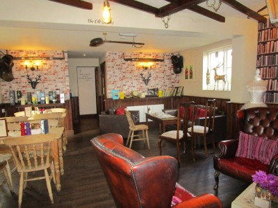 Shadoxhurst dog friendly pub, Kent - Driving with Dogs