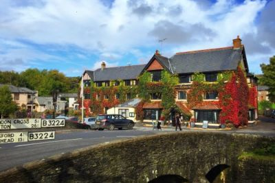 Dog walks and dog-friendly inn with B&B Exmoor, Somerset - Driving with Dogs