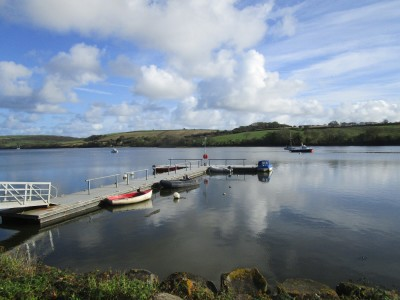 St Dogmaels dog-friendly dining pub and nearby beach walk, Wales - Driving with Dogs
