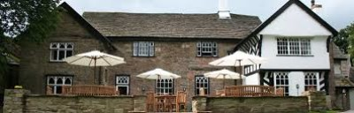 Macclesfield canal dog walk and dog-friendly inn, Cheshire - Driving with Dogs