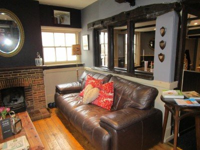 A27 Country pub and dog walk, East Sussex - Driving with Dogs